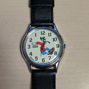 Disney goofy Lorus backwards watch